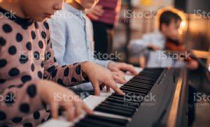 Den bedste musikundervisning får du her